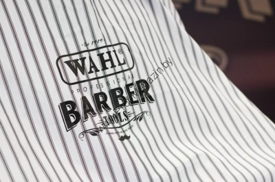 Пеньюар для барберов «Wahl» Barber Cape Pinstripes